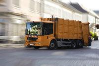 Abfahrt - Abfuhr von Müll durch einen Müllwagen
