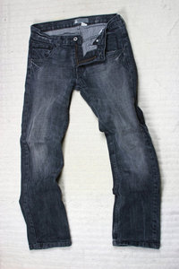 Bein - Hose mit zwei Beinen