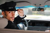 Chauffeur - Chauffeur im Dienstwagen