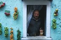 Einwohner - Einwohner am Fenster