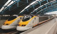 Eurostar - Eurostars in einem Bahnhof