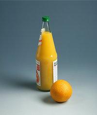 Fruchtsaft - Orangenfruchtsaft und Orange
