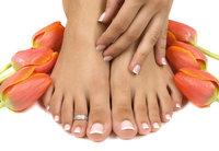 Fußnagel - Füße mit Fußnägeln