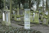 Grab - Gräber eines jüdischen Friedhofs