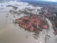 Hochwasserkatastrophe - Von einer Hochwasserkatastrophe betroffene Stadt