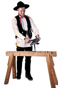 Holzbock - Zimmermann hinter einem Holzbock