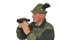 Jägerhut - Jäger mit Jägerhut und Fernglas