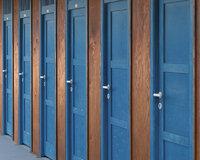 Kabine - Türen von Kabinen zum Umkleiden