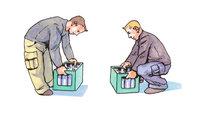 Kasten - Schematische Darstellung zweier Männer mit Getränkekästen