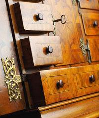 Kasten - Kästen eines Möbelstücks