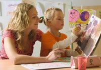 Kindergärtnerin - Kindergärtnerin und Kind