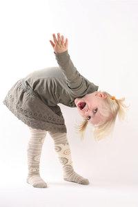 Kinderkleid - Mädchen mit Kinderkleid