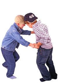 Kinderkleidung - Jungen in Kinderkleidung