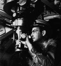 Offizier - Offizier in einem U-Boot