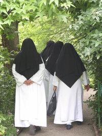 Ordensschwester - Ordensschwestern