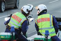 Ordnungspolizei - Zwei Polizisten
