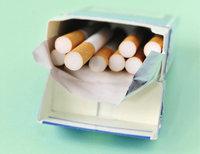 Packung - Halb leere Packung Zigaretten