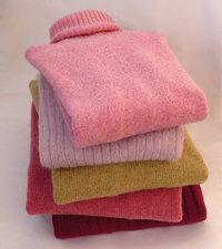 Pullover - Ein Stapel Pullover