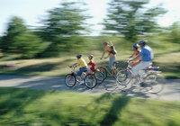 Radtour - Familie bei einer Radtour