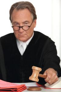 Richter - Richter mit Hammer