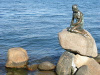 "Seejungfrau - Bronzefigur der ""Kleinen Meerjungfrau"" in Kopenhagen"
