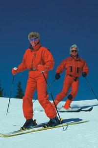 Skianzug - Skiläufer in Skianzügen