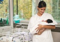 Station - Krankenschwester auf einer Station für Säuglinge