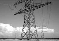 Strom - Masten und Strom führende Leitungen