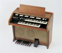 Tastatur - Elektroakustische Orgel mit Tastatur
