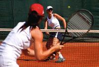 Tennis - Zwei Frauen beim Tennis
