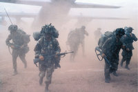 Truppe - Eine Truppe in Tarnuniform