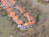 Überschwemmungskatastrophe - Überschwemmte Ortschaft