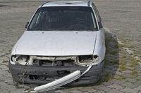 Unfallschaden - Unfallschaden an einem Auto