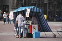Verkauf - Verkauf von Eis an einem Stand