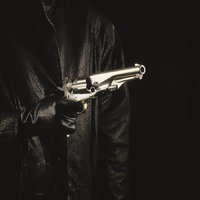 Waffe - Person mit Waffe