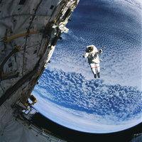Weltraum - Astronaut im Weltraum