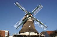 Windmühlenflügel - Windmühle mit vier Windmühlenflügeln