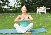 Yoga - Frau beim Yoga